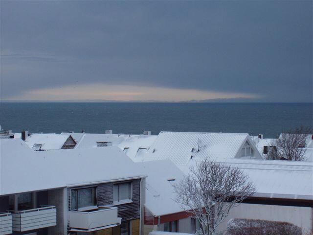 Helgoland im Schnee/über die Dächer