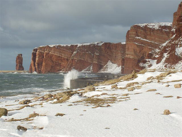 Helgoland im Schnee/Westseite und Lange Anna