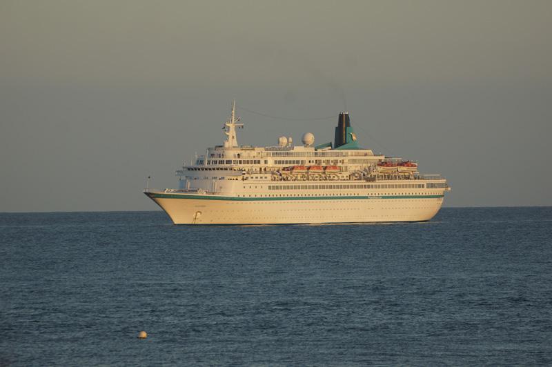Kreuzfahrtschiff Albatros der Phoenix-Reisen.