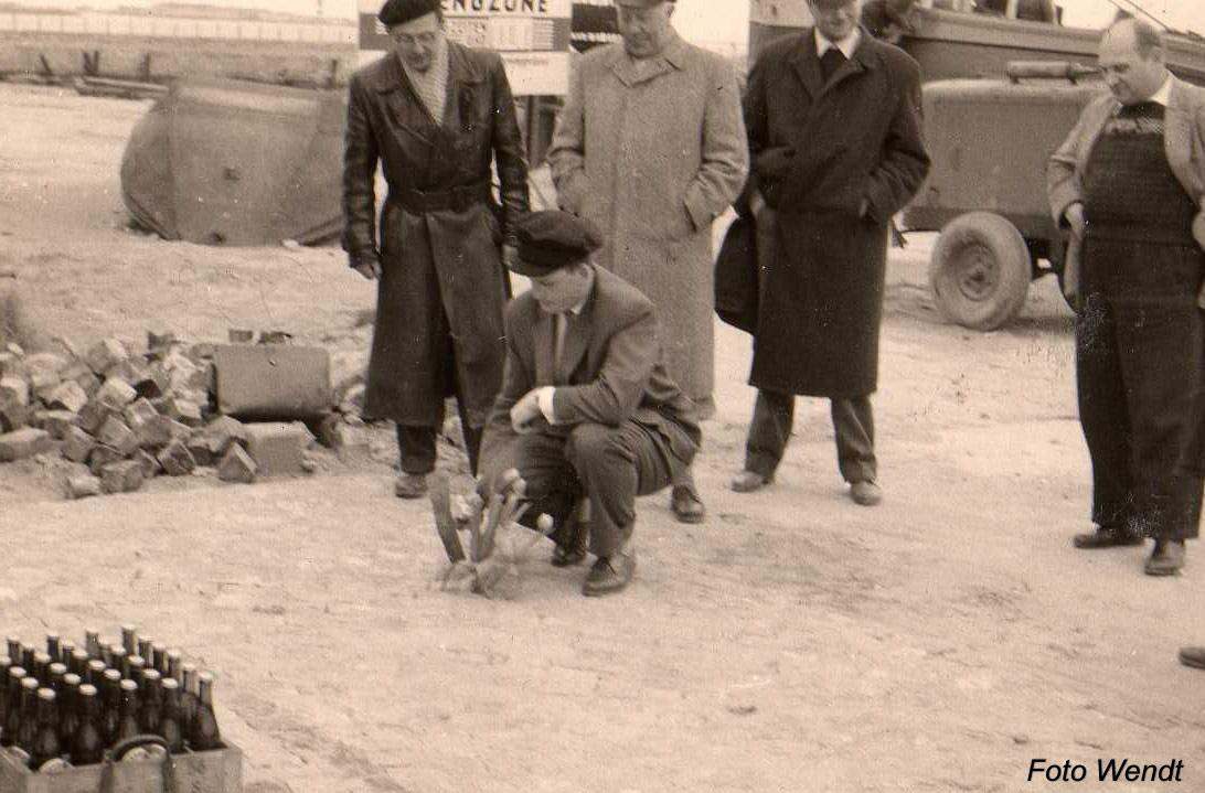 Bau der Hafenstraße auf Helgoland Helgoland auf einer Aufnahme von circa 1959.