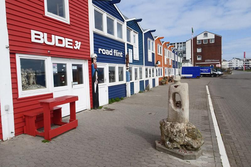 """Hummerbude """"Bude 31"""" am Scheibenhafen Helgolands."""
