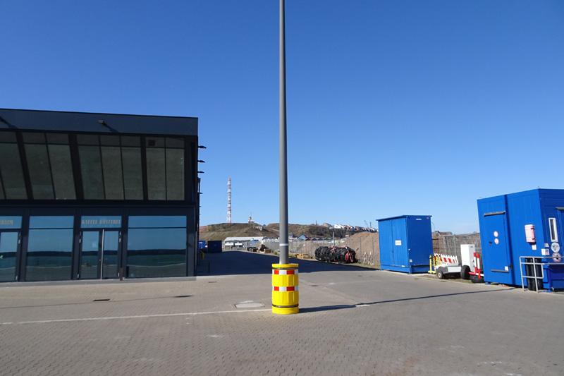 Der Havariecontainer im Südhafen Helgolands.
